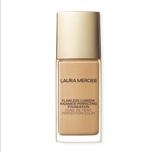 Flawless Radiance-Perfecting Foundation